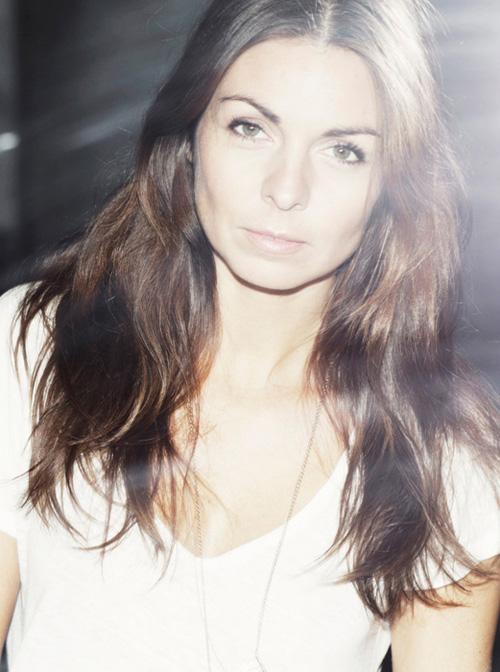 Interview with Anya de Tobon
