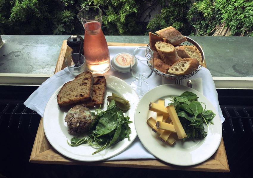 HOTEL_AMOUR_LUNCH